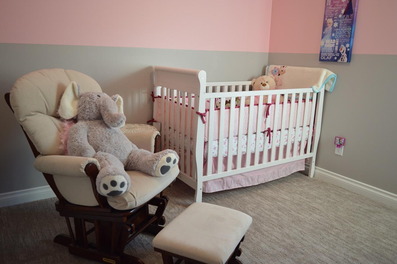 peindre soi-meme la chambre de bebe